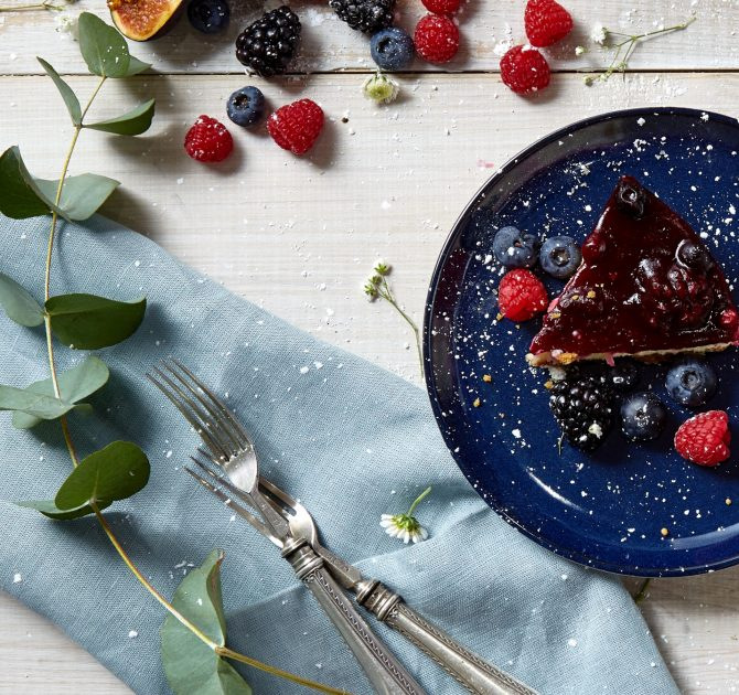 Berry Cake Cropped