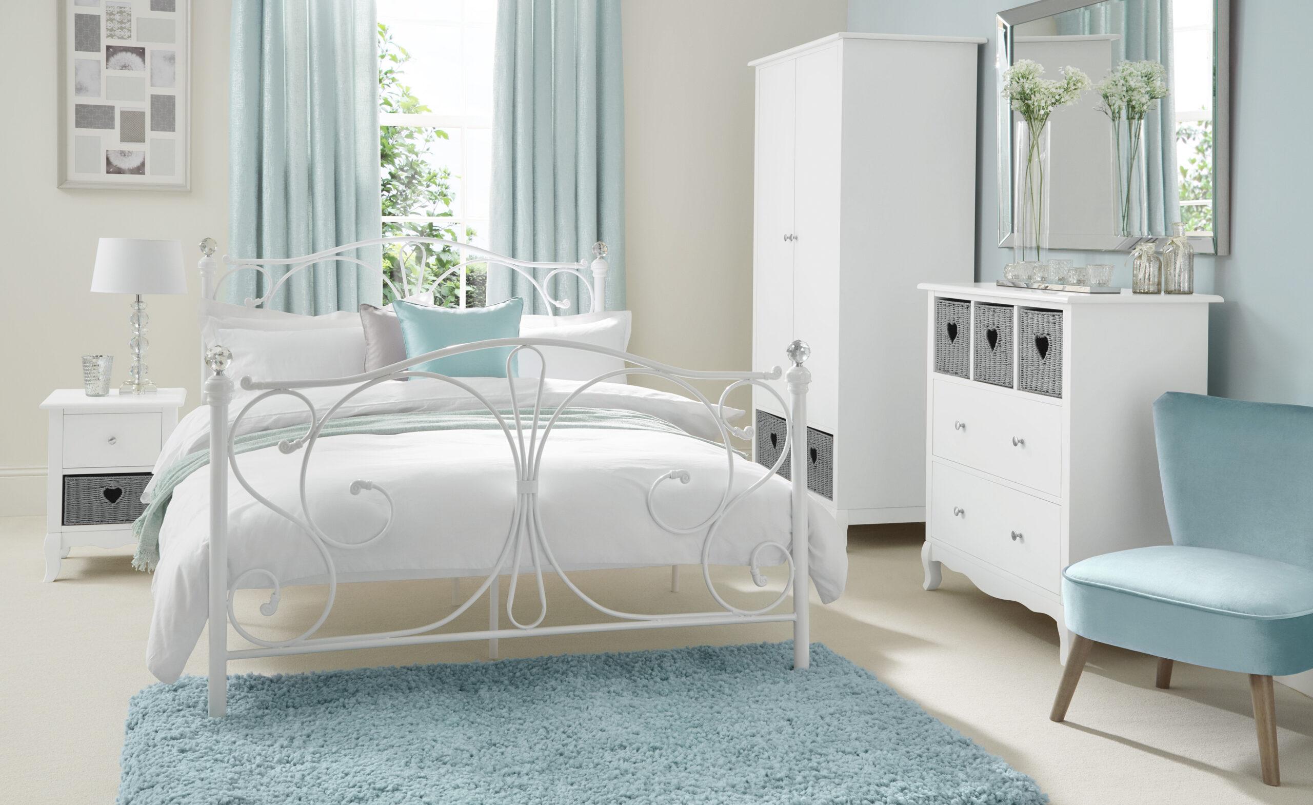 Set 6 Elsie Bedroom 6A Main Shot Landscape